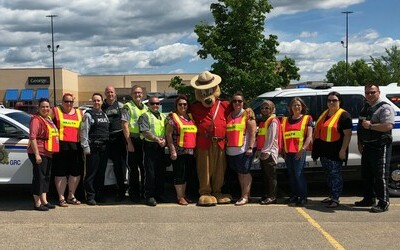 Strathcona County RCMP And Enforcement Services Hold Car Seat Clinic
